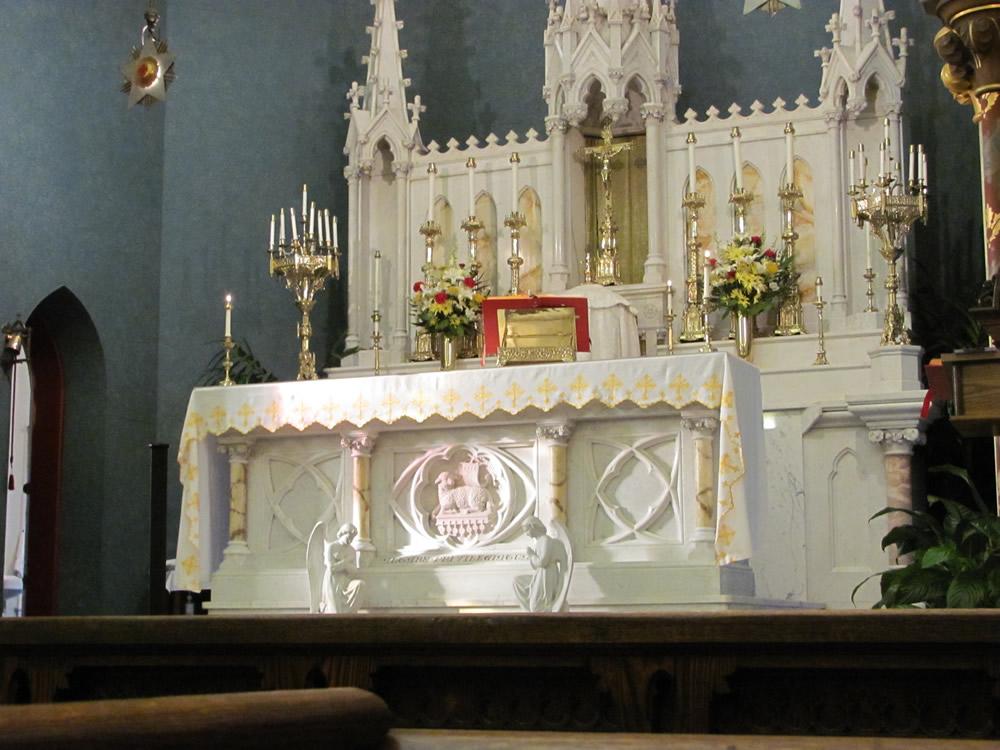 shrine-altar